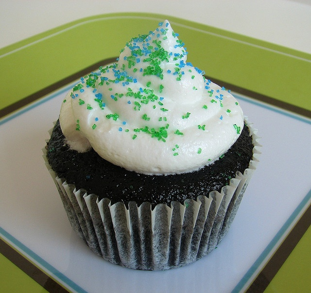 One Bowl Chocolate Cupcake with Seven Minute Frosting