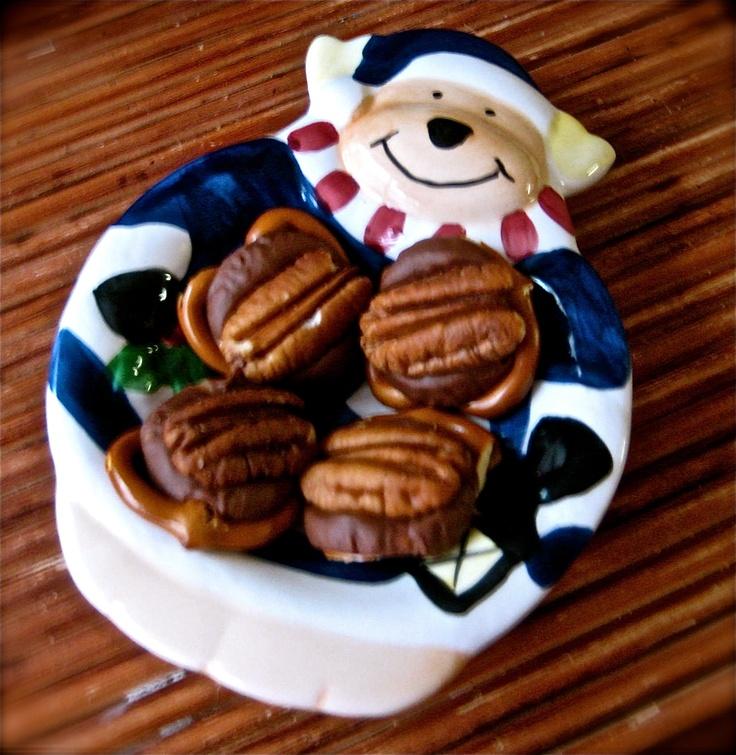 Rolo Pretzel Turtles | Sugarfoot Eats | YUMMY | Pinterest