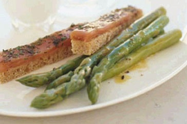 Asparagus With Coddled Egg and Smoked Salmon Soldiers