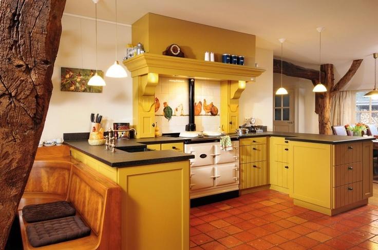 yellow kitchen gele keukens pinterest
