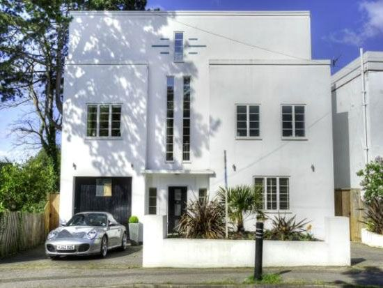 Art deco house in poole dorset architecture pinterest - Architects poole dorset ...
