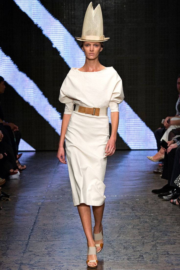 Donna Karan Spring 2015 Ready-to-Wear - Look 5 - Style.com