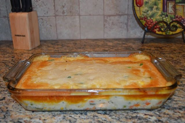 Quick & Easy Chicken Pot Pie | Sounds yummy | Pinterest