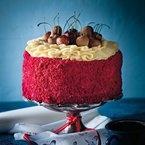 Tradisionele rooi fluweelkoek / traditional red velvet cake. SARIE Augustus 2012/SARIE August 2012