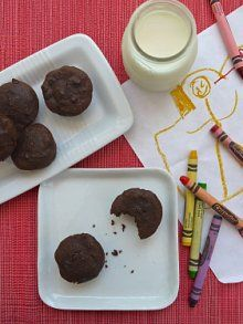 Whole Wheat Double Chocolate Brownie Bites http://weelicious.com/2012 ...