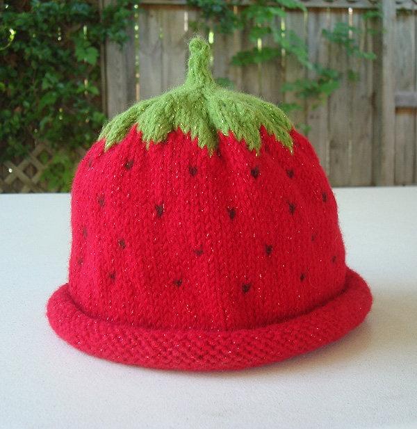 Strawberry knit hat Knitting Pinterest