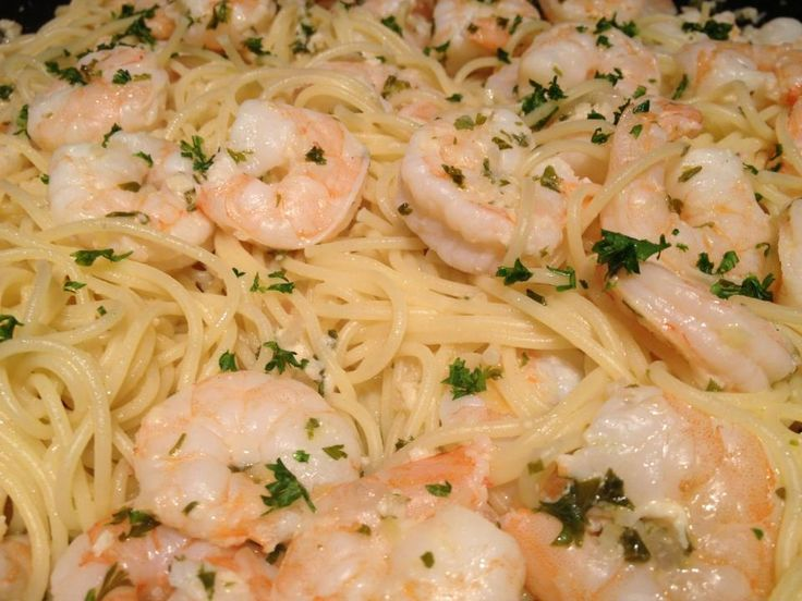Lemon & Garlic Shrimp Scampi Pasta...maybe try it with chicken instead ...