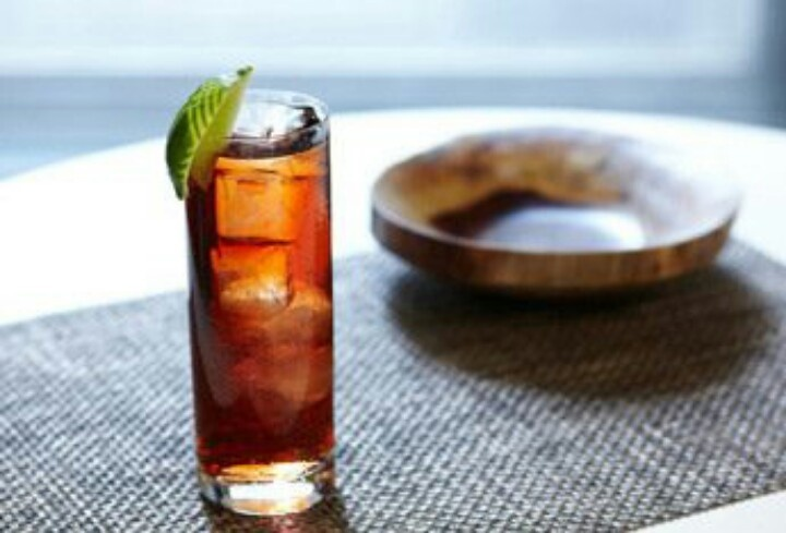 Crown Royal Black Cranberry Juice Cool Cocktails