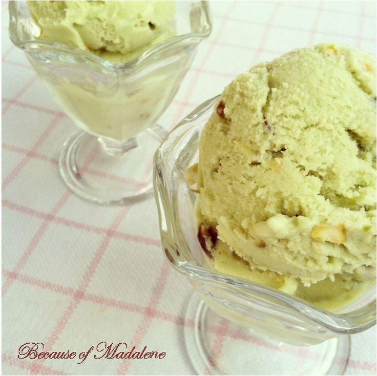Avocado Pistachio Ice Cream @Amazing Avocado #holidayavocado