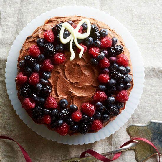 Chocolate Berry Wreath Cake Merry Christmas Favorite