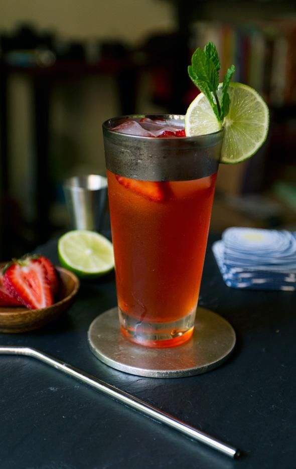 How To Make Strawberry Moscow Mule Recipe Beverages Drinks Recipe
