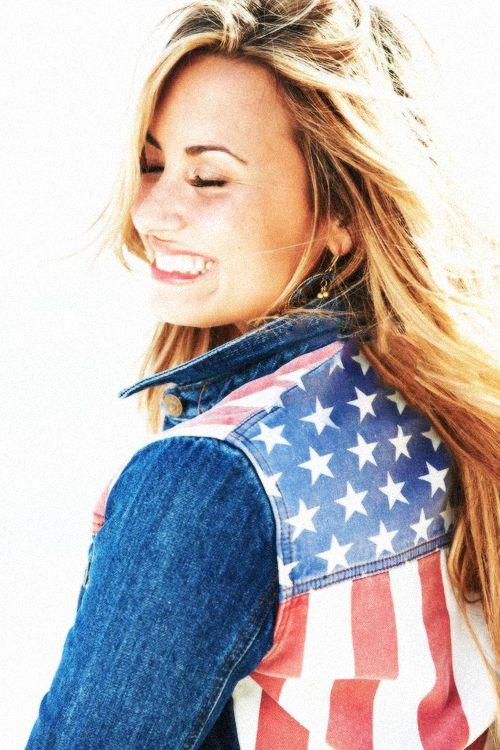 demi lovato self photoshoot - photo #9