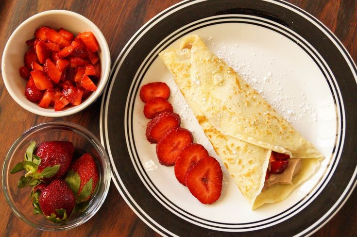 Strawberry Nutella Cheesecake Crepes   Pastries & Desserts   Pinterest