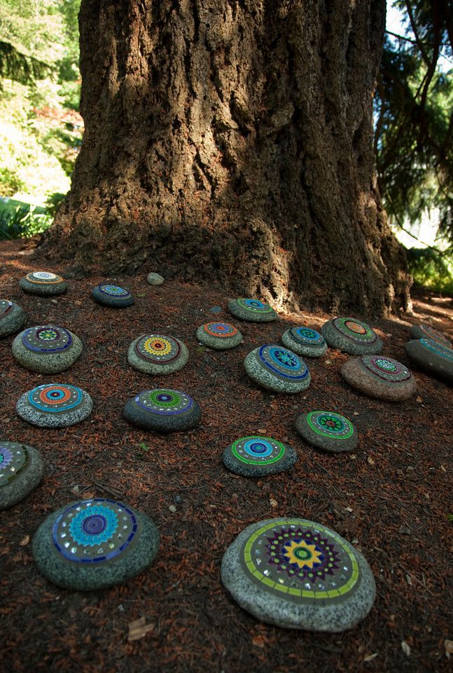 Dunn gardens painted rock garden cool way to pick up - Painting rocks for garden ...