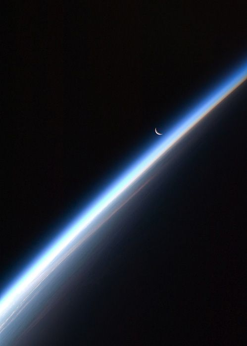 Crescent Moon, Earth's Atmosphere (NASA, International Space Station Science, 09/04/10 @Tami Knepper