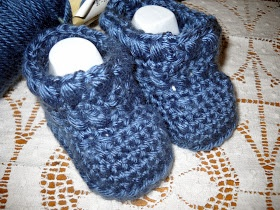 Crocheted Xs and Os Bootie Pattern Crochet Pinterest