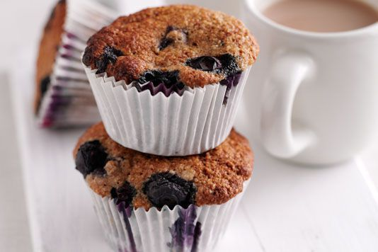 Lisa Faulkner's bran and blueberry muffins recipe