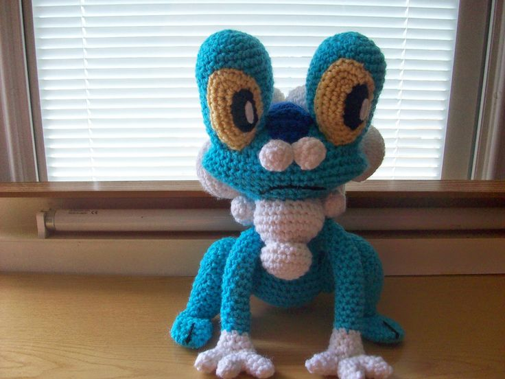 Crochet Patterns For Pokemon : Kats Creations: Froakie Pokemon (Crochet) Pinterest