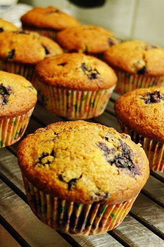 Blueberry Cornmeal Muffins | Cupcakes and Muffins | Pinterest