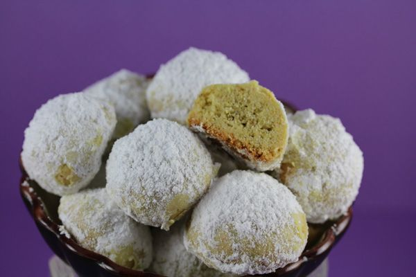 , nutty cookies known as Mexican Wedding Cakes and Russian Tea Cakes ...