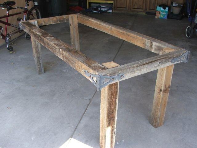 Сделать стол своими руками с металлическими ножками
