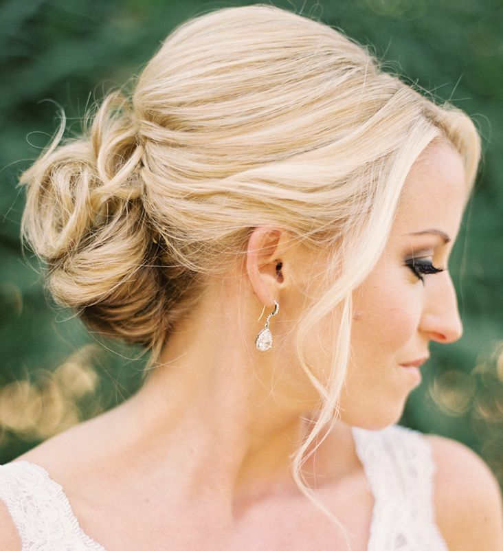 Mind blowingly beautiful romantic wedding hairstyles