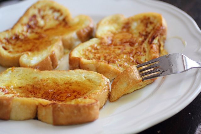 Eggnog french toast for Christmas morning! I will have to try this :)