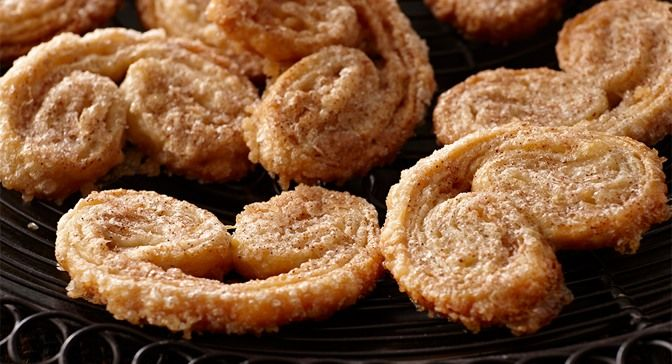Cinnamon Spiced Palmiers : Layers of crisp puff pastry with ...