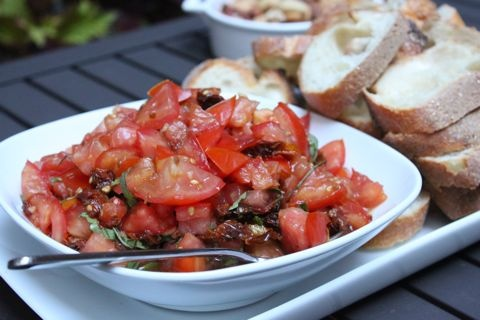 Double tomato bruschetta | Our favorite recipes | Pinterest