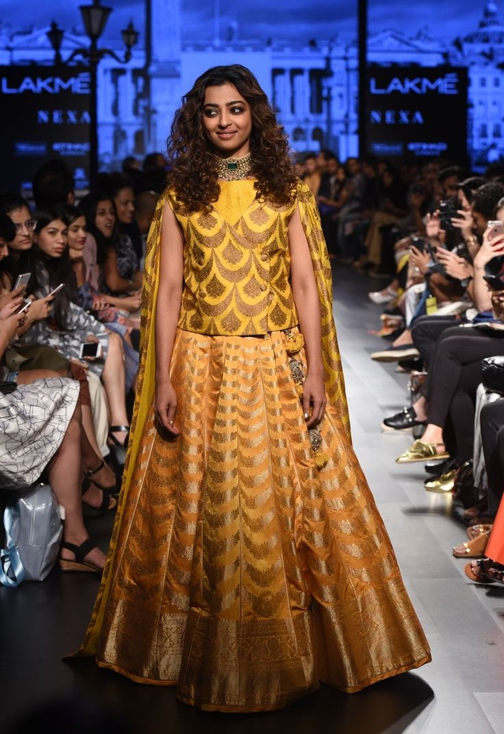 Gauhar khan lakme fashion week 11