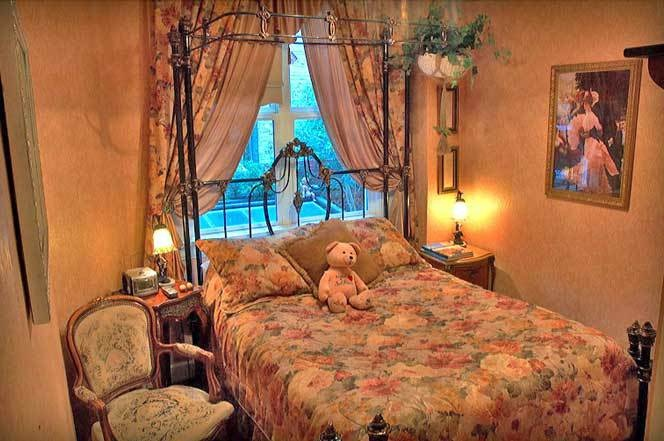 victorian era hotel bedroom novel pinterest