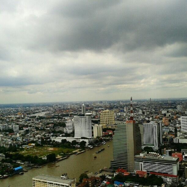 Chaophrya River Bangkok rainy season - Farang Freedom - Pinterest