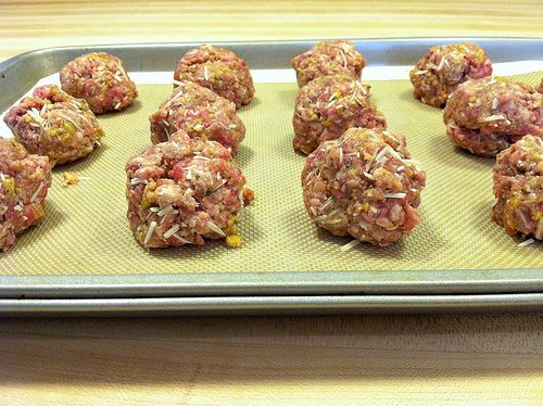 Simple, Homemade Meatballs | Yum! | Pinterest