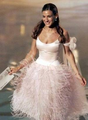 le sigh. SJP in ballerina pink feathers.