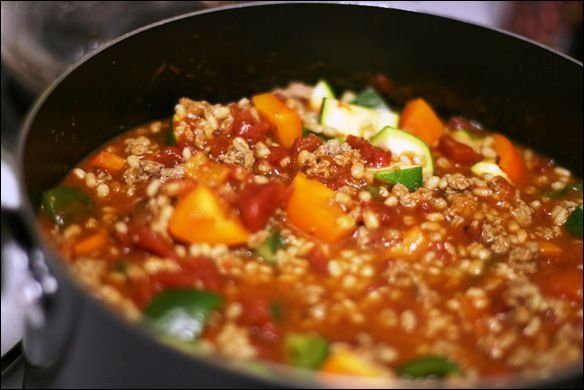 Turkey, Veggie, & Barley Chili | fANNEtastic food