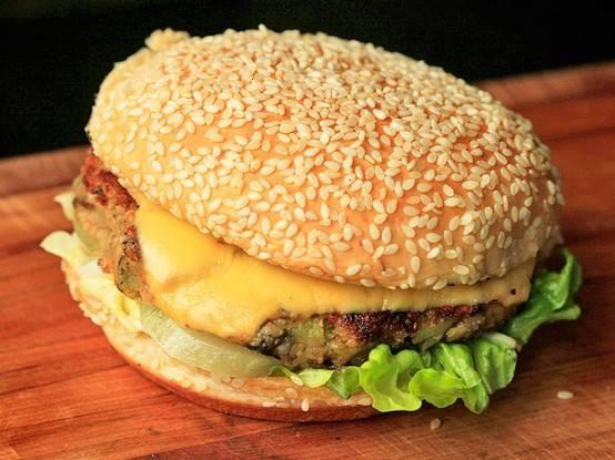 homemade veggie burger | Favorite Recipes | Pinterest