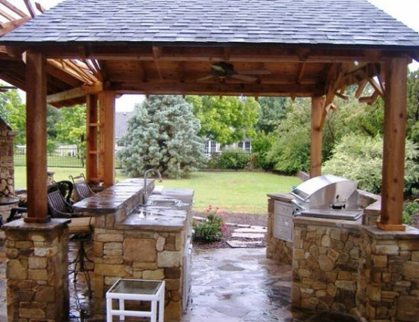 Roof line davenport outdoor kitchen pinterest for Outdoor kitchen roof designs