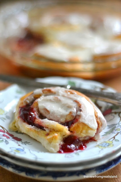 ... Great Island: Quick Plum Sticky Buns (Not your normal cinnamon buns