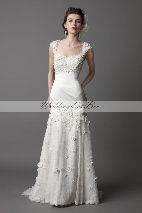 Pretty sleeveless trumpet / mermaid floor-length wedding dress