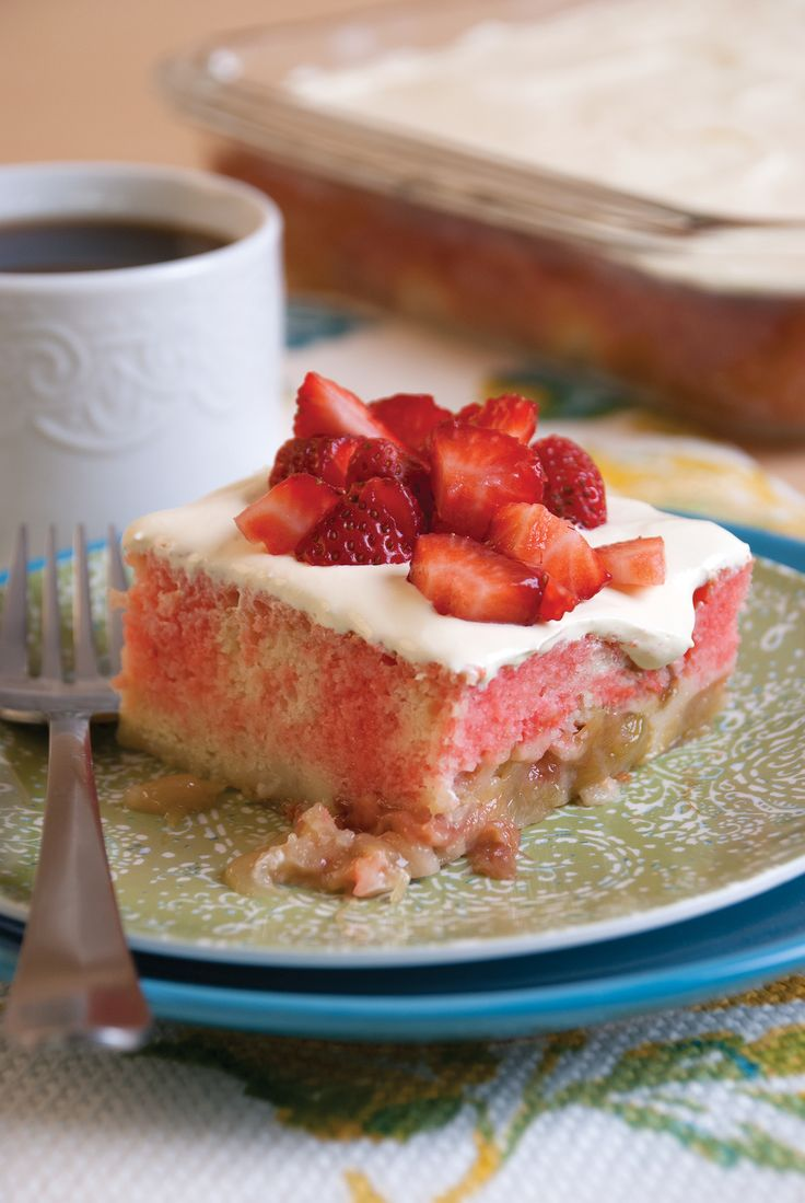 Strawberry Rhubarb Poke Cake | Poke Cakes | Pinterest