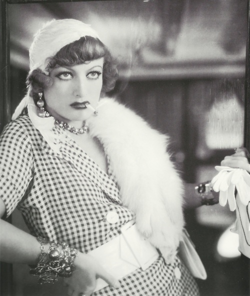 Joan Crawford as Sadie Thompson in Rain (Lewis Milestone, 1932)