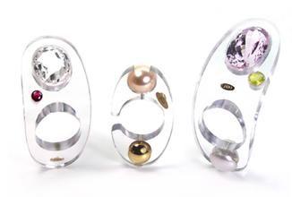Claudio Pino - Transparence . Collection Cristalline  Bagues en polycarbonate, or 18kt, perle / cristal de quartz, rubis // cristal de quartz, kunzite, p...