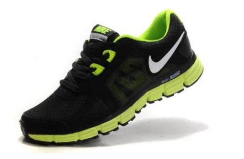 Nike Dual Fusion St 2 best light running shoes for men - black and