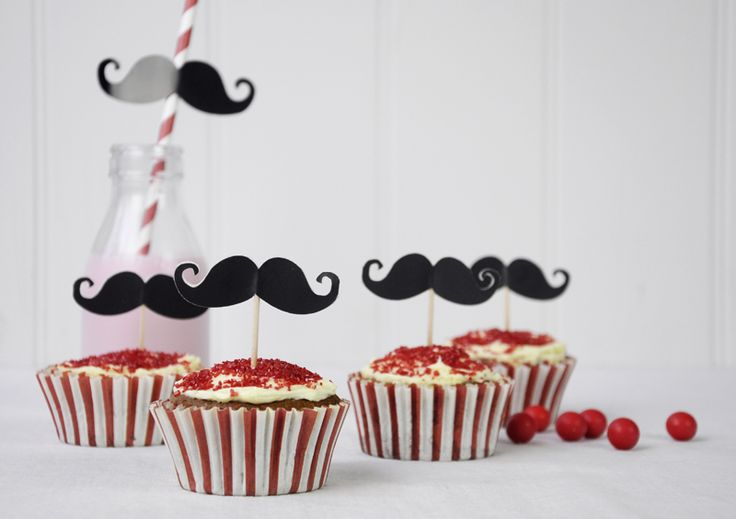 Barber Shop Moustache Baking Set - £5.95