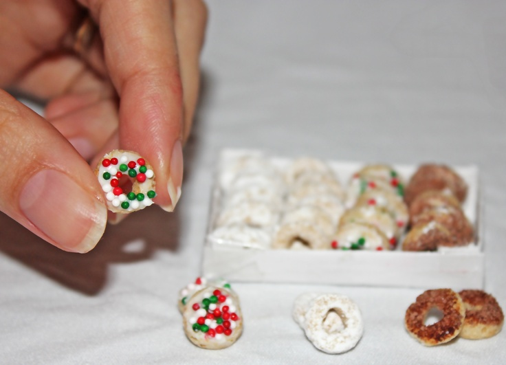 Mini-treats for The Elf On The Shelf!