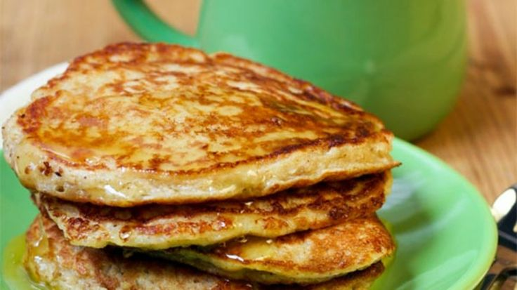 Oatmeal peanut butter pancakes, ready in 15 minutes, full of fiber