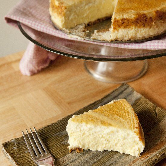 Classic light and airy Cheesecake - the best Cheesecake you'll ever ...