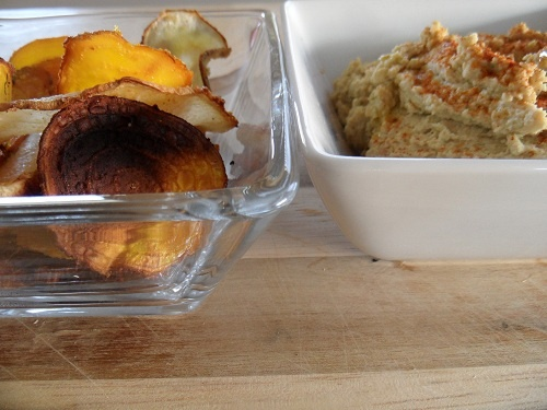 Fire-Roasted Jalapeño Hummus with Turnip & Beet Chips @Julia Mueller