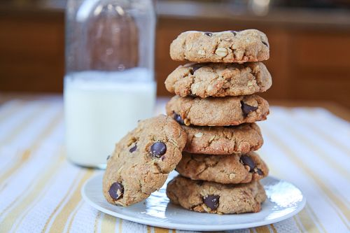 Chunky Chewy Whole Grain Toffee Chocolate Chip Oatmeal Cookies | Reci ...