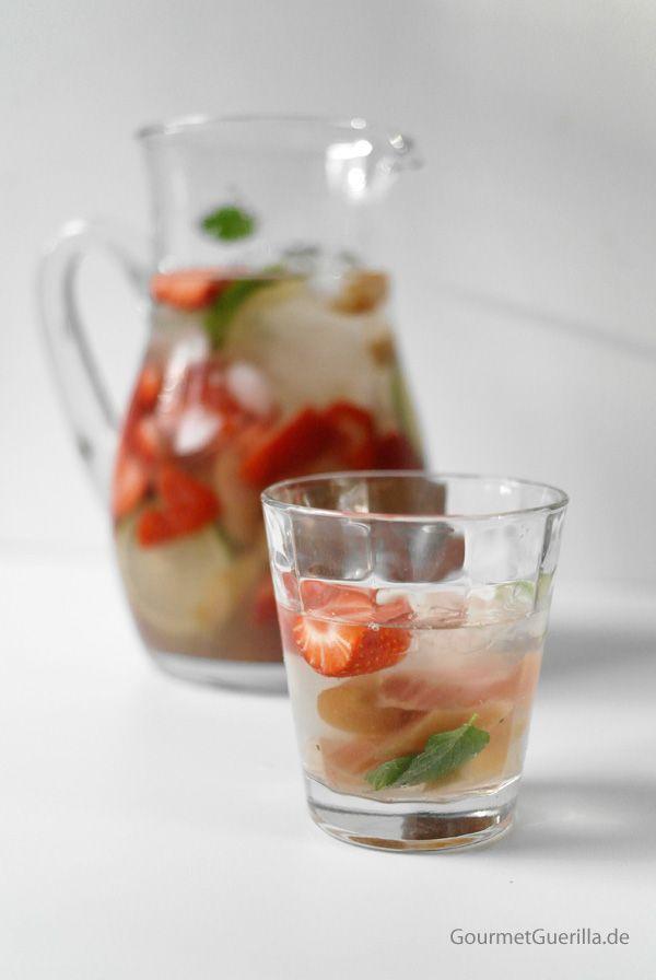 strawberry rhubarb sangria | Drinks & Cocktails | Pinterest